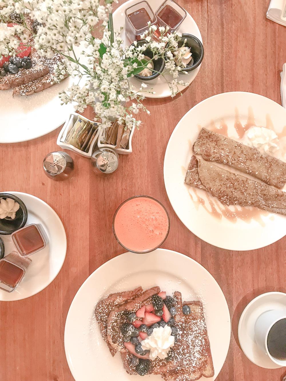 Meli Cafe River North brunch