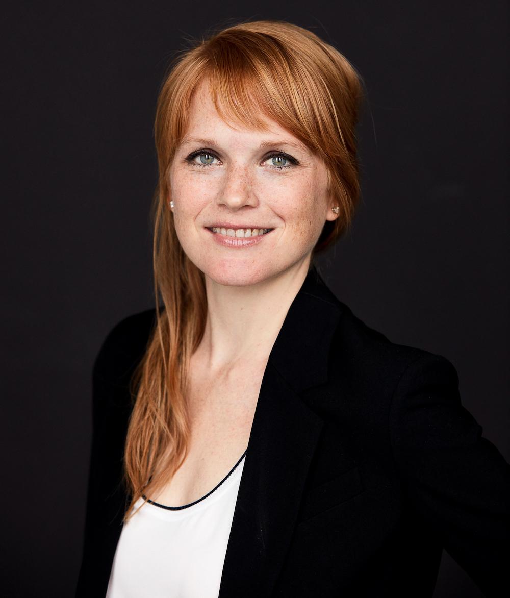 Margot Craig, Financial Advisor.